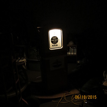 "1950's all original Martin & Schwartz ""Standard Oil"" gas pump"