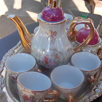 Beautiful Vintage Teapot Set With Crown Backstamp - China and Dinnerware