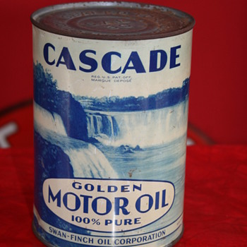 Cascade oil can - Petroliana