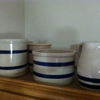 Robinson Ransbottom crockery - Art Pottery