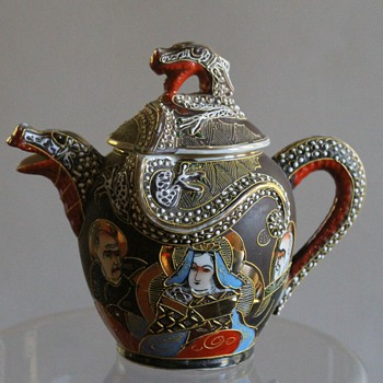 Japanese Satsuma Like Moriage Teapot - Asian