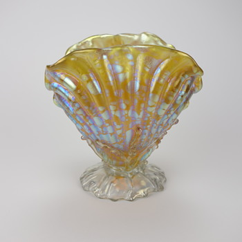 Loetz Candia Papillon Clam Shell Vase - Art Glass