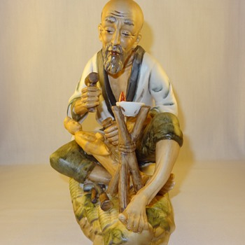 Japanese Wood Carver Porcelain Figurine - Figurines
