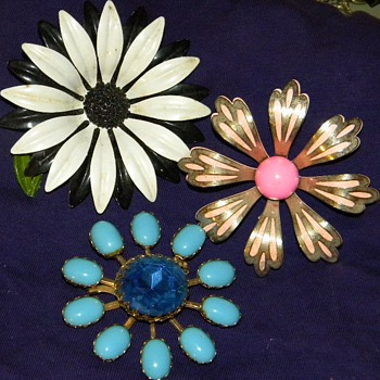 Vintage Metal and Rhinstone Big Flower Brooches - Costume Jewelry