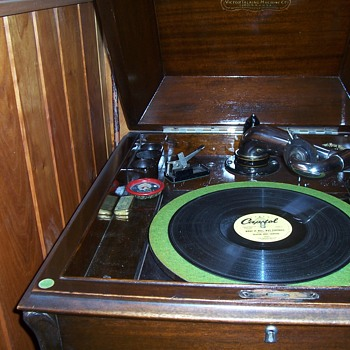 MY VICTROLA WITH ONE OF MY FAVORITE RECORDS