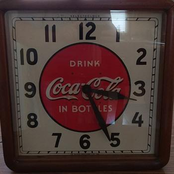1939 Selecto Coca-Cola Clock - Coca-Cola