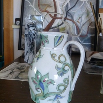 Buchan pottery jug - Art Pottery