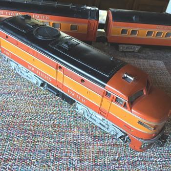 FOUND: Lionel 2023 SP Orange Passenger Set