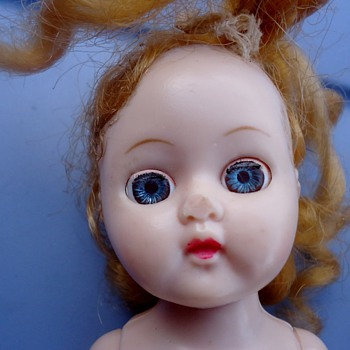 No markings on this doll either - Dolls