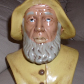 NAUTICAL SEA CAPTAIN BUST - Art Pottery