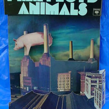 Pink Floyd &quot;Animals&quot; 1977 3-D display by Hipgnosis - Music