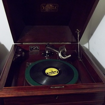 Victrola - Records