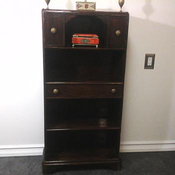 Small bookshelf - Furniture