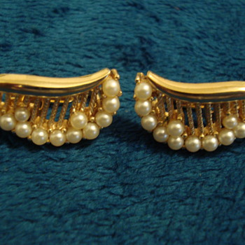 Clip On Earrings-Trifari - Costume Jewelry