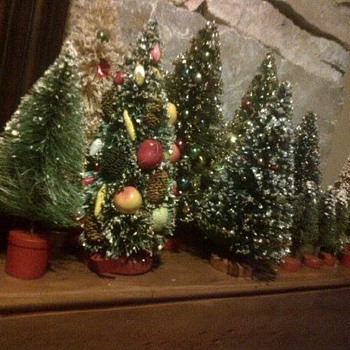 Vintage bottle brush trees - Christmas
