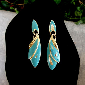 Trifari TM Turquoise Enamel Earrings