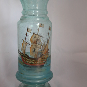 Christopher Colmumbus santa maria glass vase