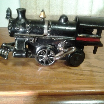 vintage iron wind up train - Model Trains