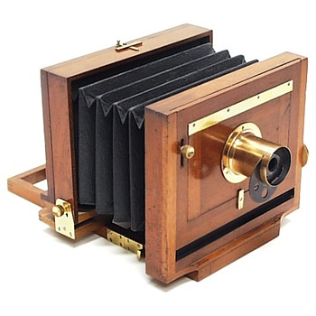 Scovill Waterbury View Camera. c.1888 - Cameras