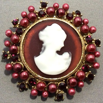 Antique cameo - Fine Jewelry