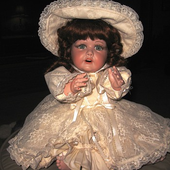 JDK Doll #16 - does she have a name? - Dolls