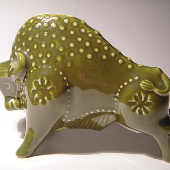 Decorative Pottery Bank~BULL~Wonderful Shape & Color - Coin Operated