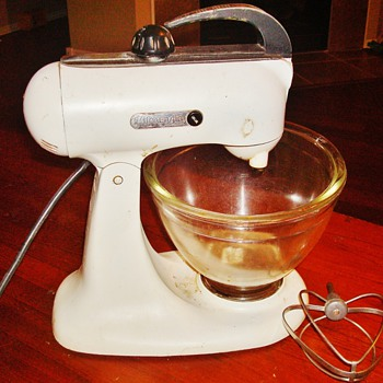 Vintage KitchenAid Stand Mixer - Kitchen
