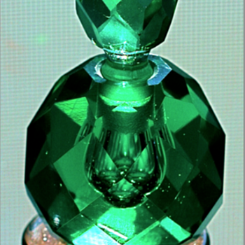**** Emerald Green Perfume Bottle **** - Bottles