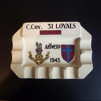 31 loyals ash tray - Military and Wartime