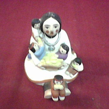 MOTHER AND CHILDREN FIGURINE - Native American