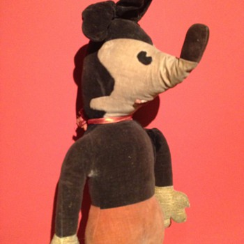 A Old Mickey Mouse 1930's 1940's ?? - Toys