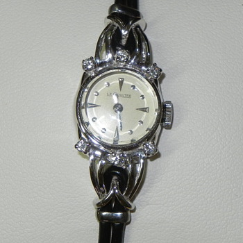 1950s Jaeger Le Coultre Ladies watch, with Turbillon movement, in 18K with 6 small diamonds - Wristwatches