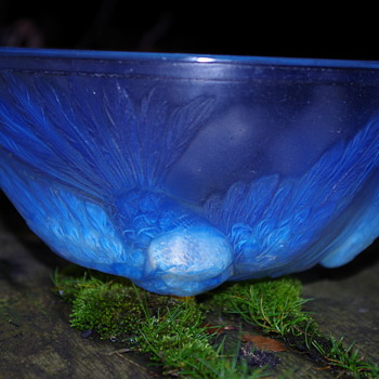JOBLING ART DECO OPALESCENT EXOTIC BIRD BOWL SUNDERLAND