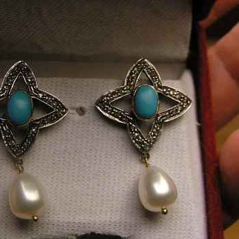 gold, diamond, turquoise & pearl earrings