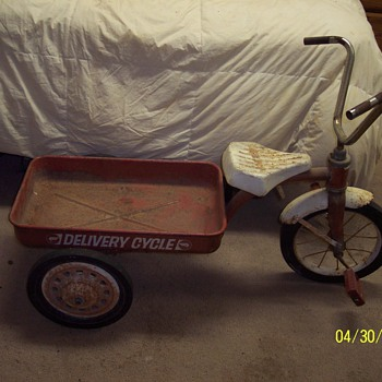 AMERICAN FLYER DELIVERY TRICYCLE