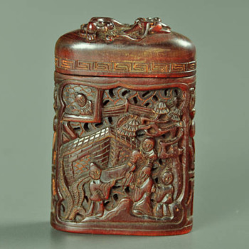 19th century Chinese Qing dynasty Carved Buffalo horn tobacco box  - Asian
