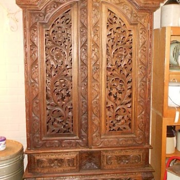 Renaissance Wardrobe/Bureau - Furniture