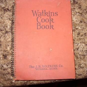 1936 WATKINS COOK BOOK - Books