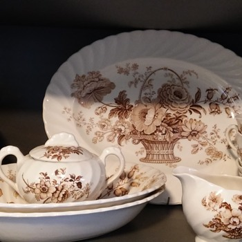 Grandma's staffordshire china dinner set - China and Dinnerware