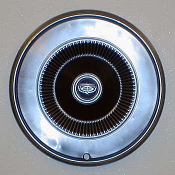 1972 - Ford Gran Torino Hubcap
