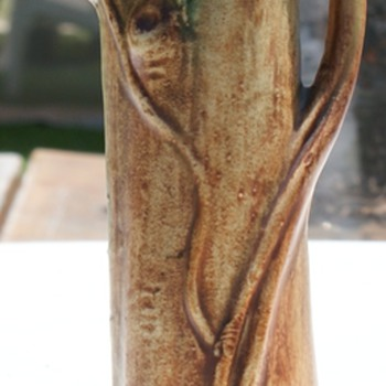 Weller Woodcraft vase - Art Pottery