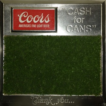 "Coors ""Cash for Cans"" Sign - Golf Green"