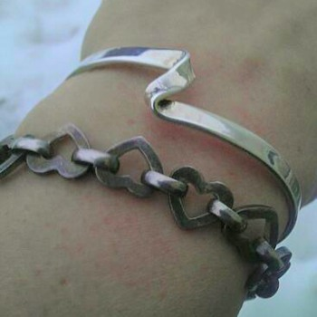 Silver cuff and heart link bracelet - Fine Jewelry