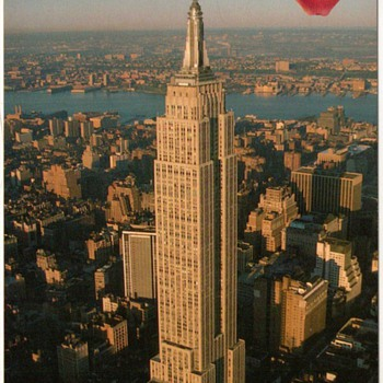 1992 - New York City Postcard - Empire State Building - Postcards