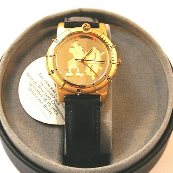 1993  gold plated Mickey - Wristwatches