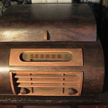 Electromatic 512 Turntable 1946 Bentwood Cabinet - Records
