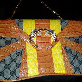 Gucci, Vintage dragon clutch  - Accessories