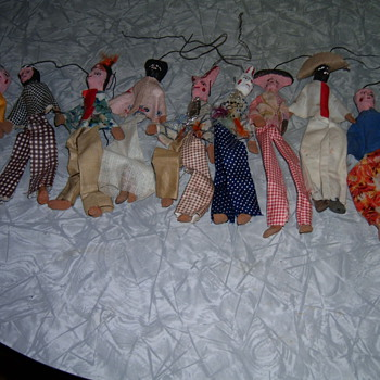 Vintage clay puppets  - Folk Art