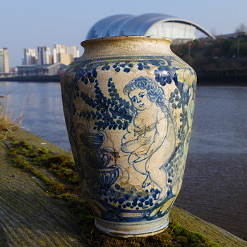 16 TH CENTURY 17 TH CENTURY DELFT WARE POT - Pottery