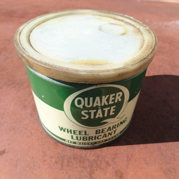 Quaker State Wheel Bearing Lubricant can - Petroliana